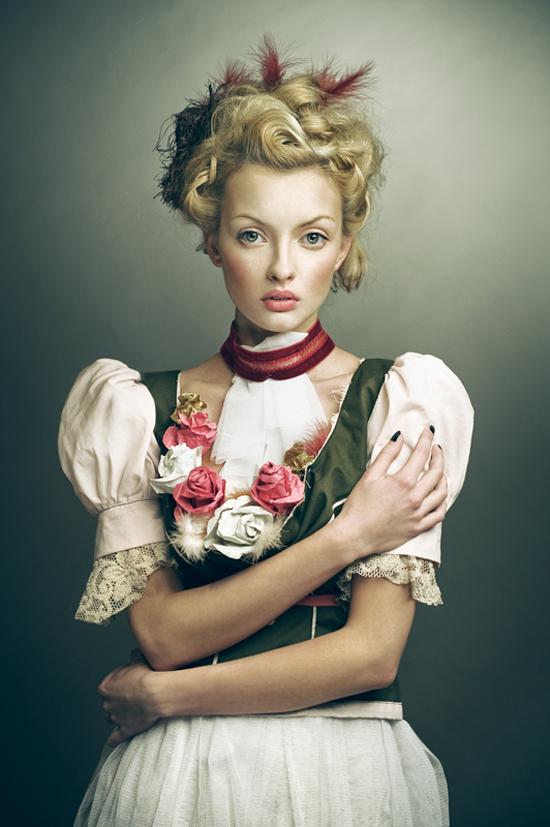 "Joanna Kustra's beautiful photography, the ""paintings"" portraits series"