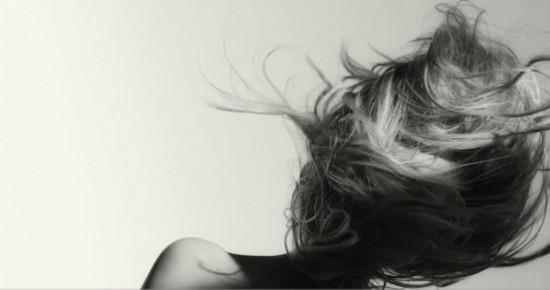 Hypnotic slow-motion: Lilly Donaldson - Flying Hair