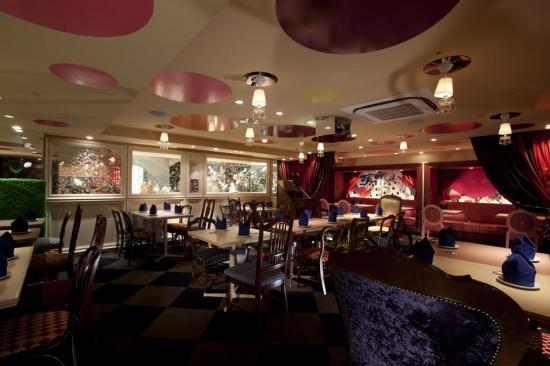 Unique and fun, Alice in Wonderland, ingenious decor in a restaurant in Tokyo