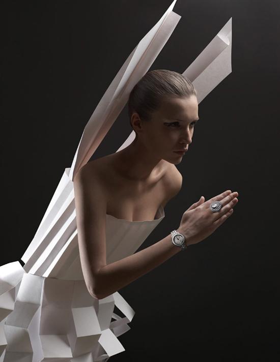 Paper cloth, an original idea by Alexandra Zaharova & Ilya Plotnikov