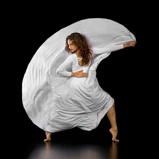 Dance Magic by Richard Calmes
