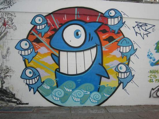 Pez: happy fish, infectious smile