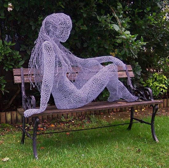 Derek Kinzett, intricate wire sculptures