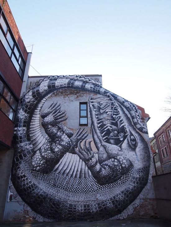 19 amazing street art pieces