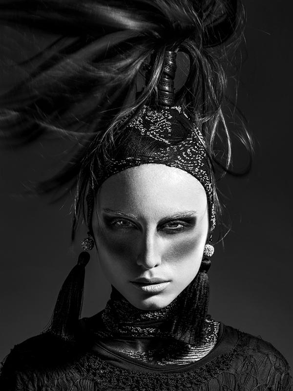 Pobeda v Bazaar Fashion Forward 2012