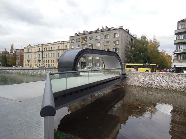 The Festina Lente Bridge