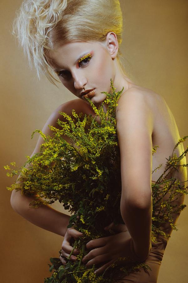 Beauty in bloom by Olenka Moravska