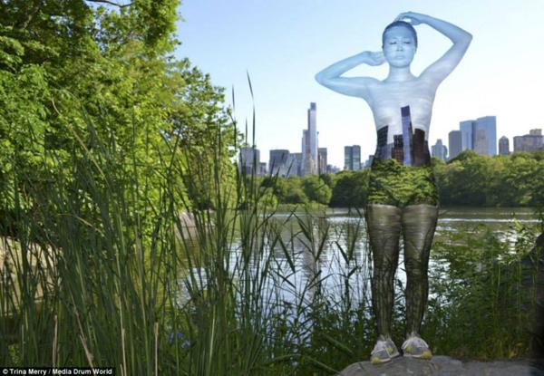 Impressive body art by Trina Merry