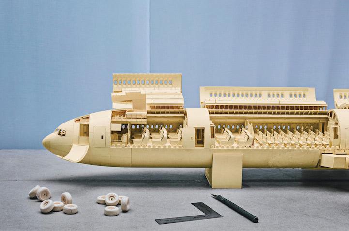 Detailed Boeing 777, paper art by Luca Iaconi-Stewart