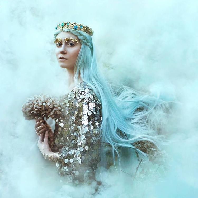 Nature and femininity, photography by Bella Kotak