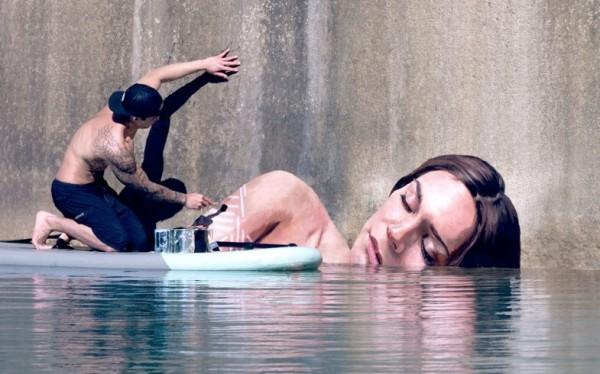 Hula, surfboard muralist