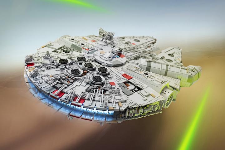 Iconic Millennium Falcon, impressive 7,500-piece replica by Marshal Banana