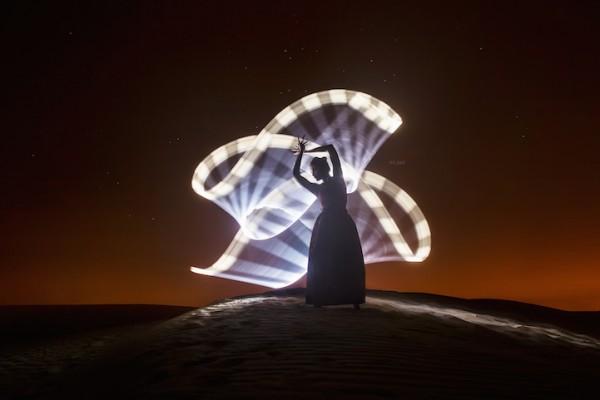 Hypnotic light patterns around the world by Eric Paré