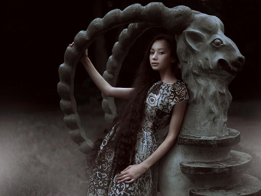 Ruslan Isinev, portraits inspired by dreams
