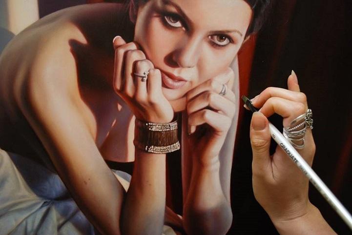 Realistic portraits by Bronwyn Hill
