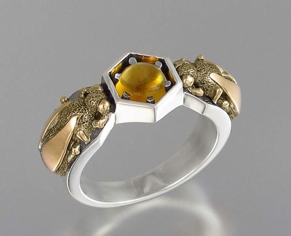 Honeycomb jewelry By WingedLion