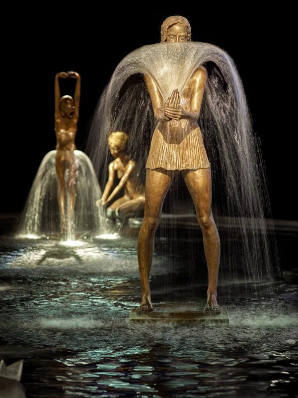 Stunning bronze fountain sculptures by Malgorzata Chodakowska