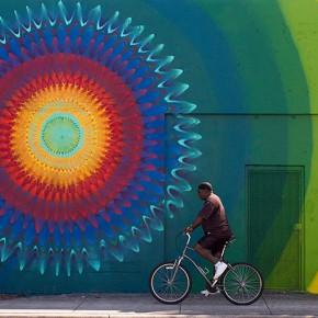 Kaleidoscopic street art By Douglas Hoekzema aka Hoxxoh