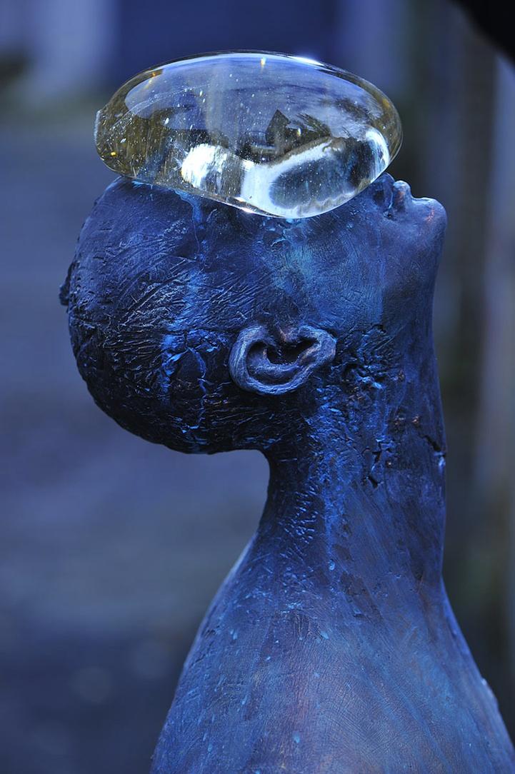 Rain, sculpture by Nazar Bilyk