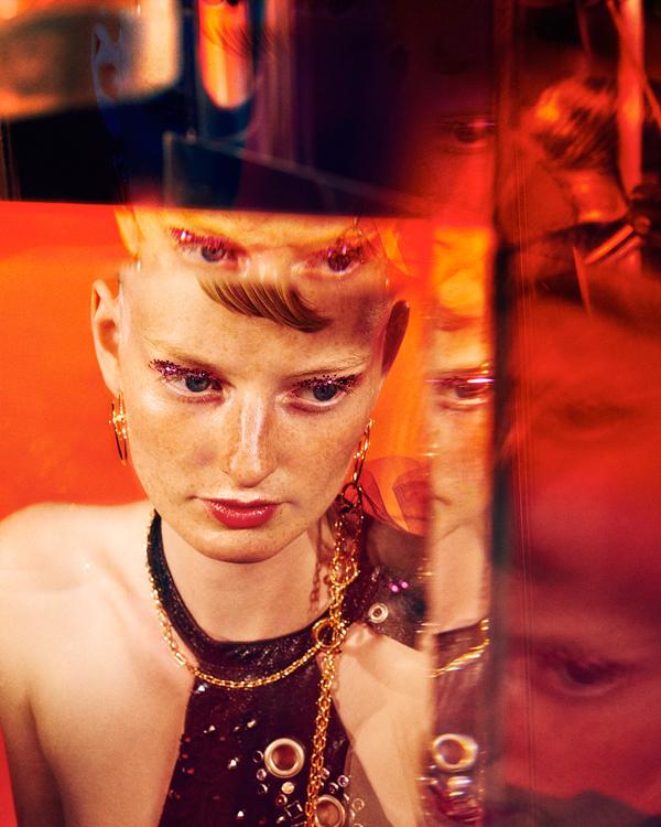 My reflection, photography by Elizaveta Porodina