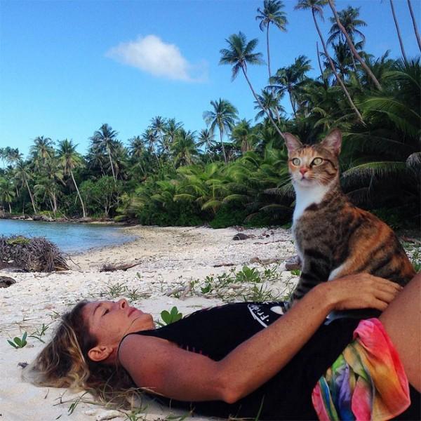 Liz Clark and her cat Amelia sailing around the world