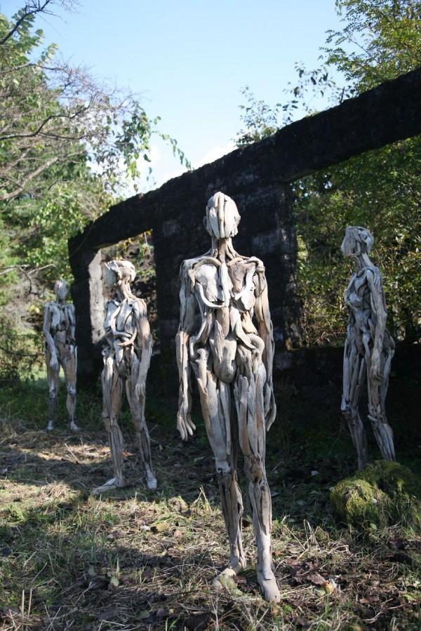 Haunting driftwood sculptures by Nagato Iwasaki