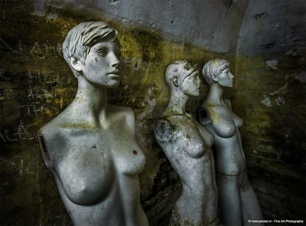 Forgotten prison mannequins, photography by Jan Stel