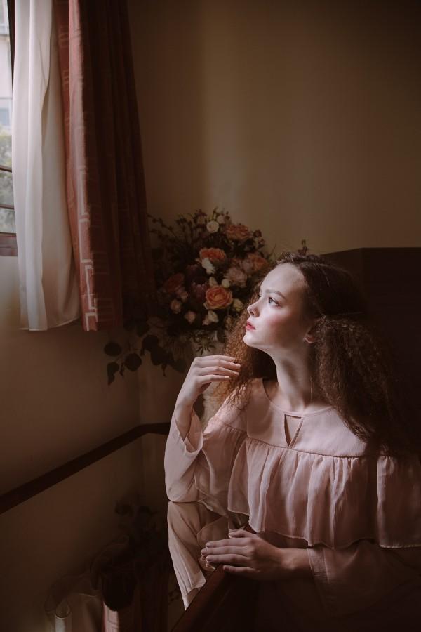 Zalia - Vintage Romanticism, fashion styling by Amanda Tan