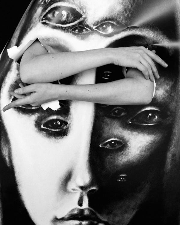 Looking-Touched, illustration by Valeria Lemeshevskaya