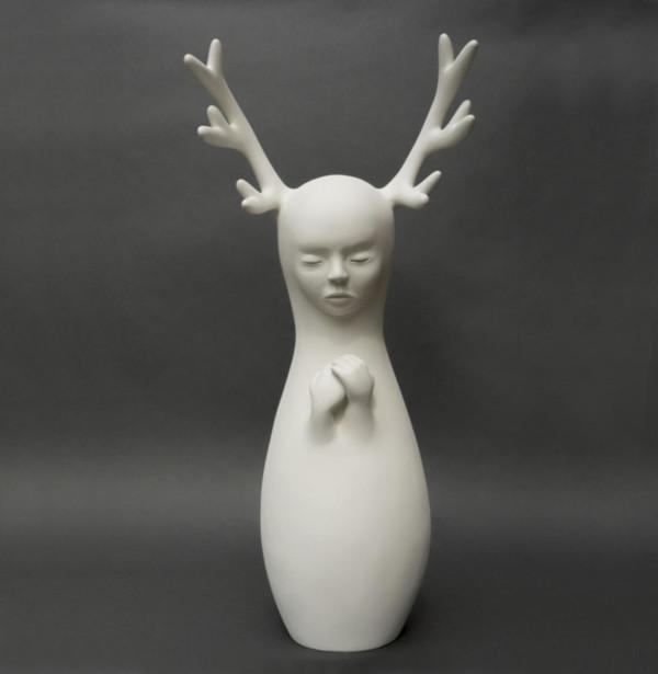 Petit silence, enchanting sculptures by Clémentine Bal