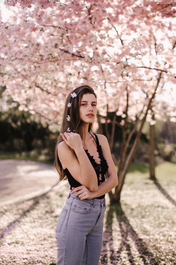 Gorgeous female portraits photography by Melina Weger