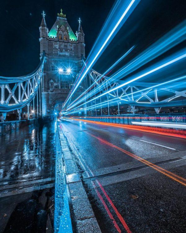 London after dark, street photography by Luke Holbrook