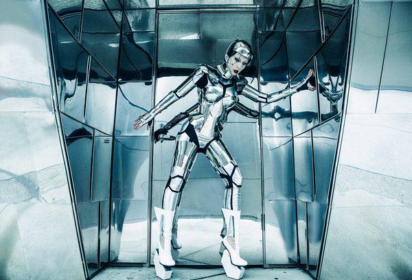 Fashion Robot, photography by Ekaterina Belinskaya