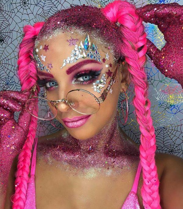 The superb creative glitter makeup ideas for Halloween