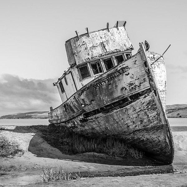 Abandoned, photography by Udi Tzuri